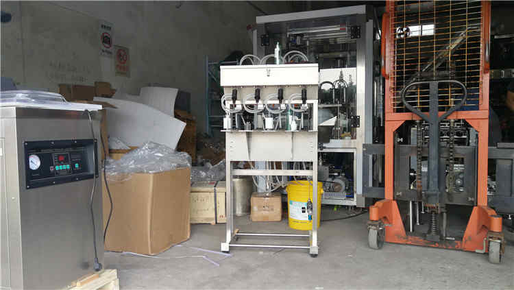 July 22, 2019, JOYGOAL Perfume filling machine was delivered to customers.