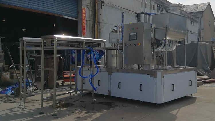 March 8, 2019,ZLD-2A Automatic spout pouch filling capping machine for 2 Liter